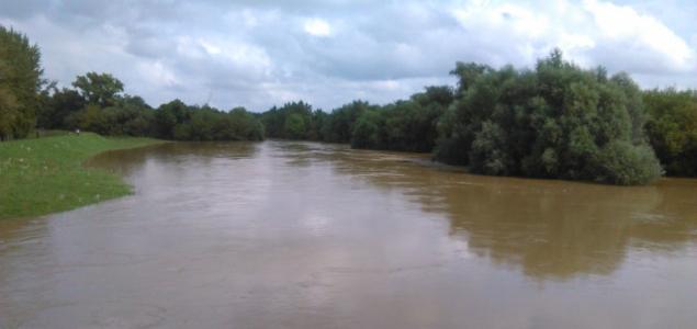 Árhullámok érkeznek a nyugati folyóinkon