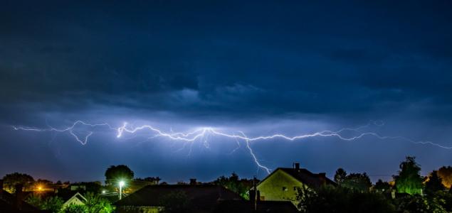 Az esti vihar legszebb villámfotói