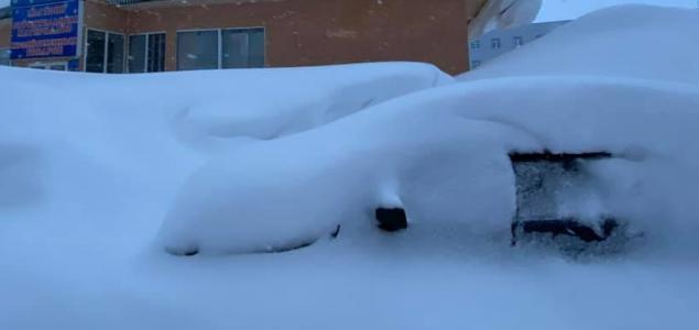 4 méteres hófalakat emelt a vihar Norilszkban