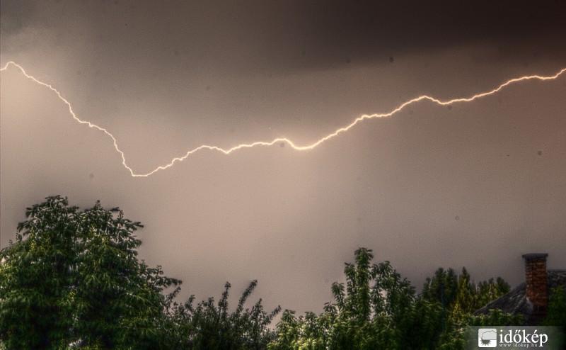 �gy tomboltak kedden a viharok