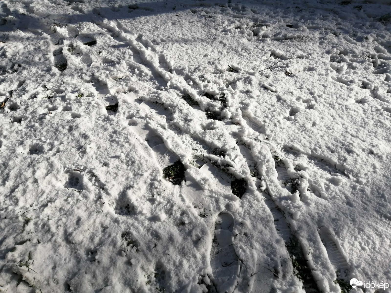 Viharos szél és havazás jut mára